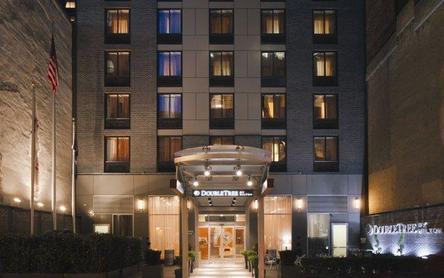 Отель DoubleTree by Hilton New York City - Chelsea США, Нью-Йорк - 8 отзывов об отеле, цены и фото номеров - забронировать отель DoubleTree by Hilton New York City - Chelsea онлайн вид на фасад