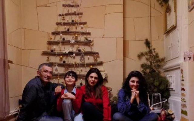 Отель GASPAR Family Homes_1 Армения, Гюмри - отзывы, цены и фото номеров - забронировать отель GASPAR Family Homes_1 онлайн вид на фасад