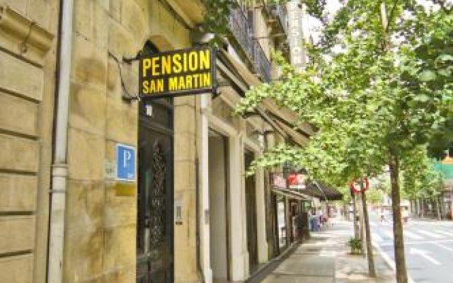 Отель Pensión San Martin вид на фасад