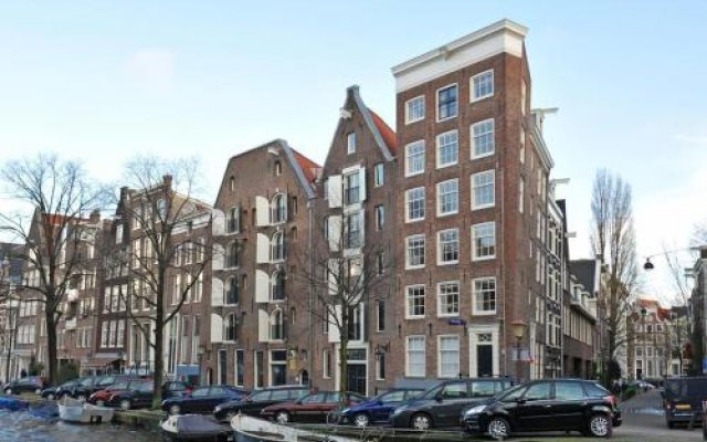 Отель Sir Nico Guest House Нидерланды, Амстердам - отзывы, цены и фото номеров - забронировать отель Sir Nico Guest House онлайн вид на фасад