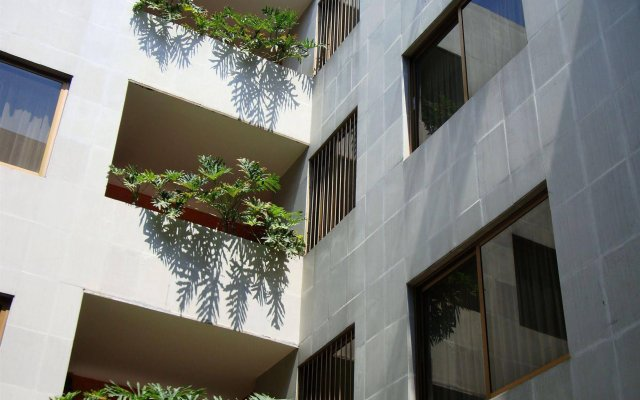 Hotel Cervantes Гвадалахара вид на фасад