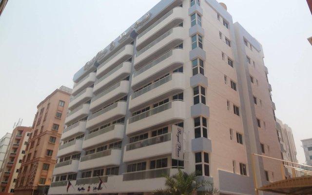 Royal Plaza Hotel Apartments вид на фасад
