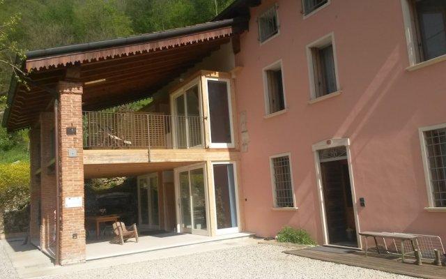 Отель Loggia Dal Lago Италия, Лимена - отзывы, цены и фото номеров - забронировать отель Loggia Dal Lago онлайн вид на фасад
