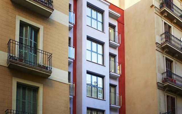 Апартаменты Barcelona Apartment Gran de Gracia вид на фасад