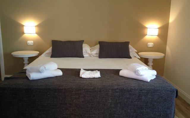 Отель Cavour Forum Suites комната для гостей