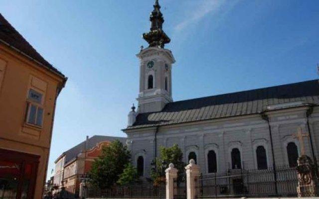 Отель Guest Accommodation Tal Centar Нови Сад вид на фасад
