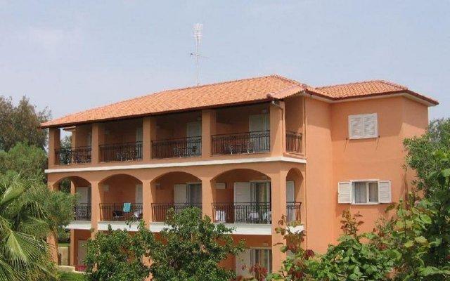 Отель Aloni Hotel Греция, Пефкохори - отзывы, цены и фото номеров - забронировать отель Aloni Hotel онлайн вид на фасад