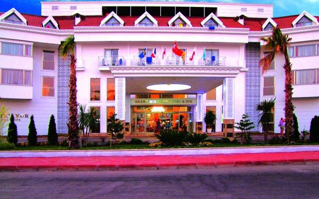 Grand Mir'Amor Hotel - All Inclusive вид на фасад