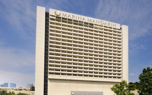 Отель PARKROYAL COLLECTION Marina Bay Сингапур вид на фасад