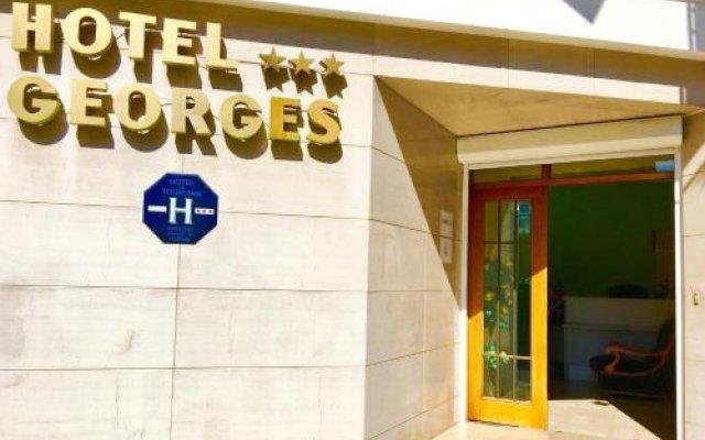 Отель Hôtel Georges вид на фасад