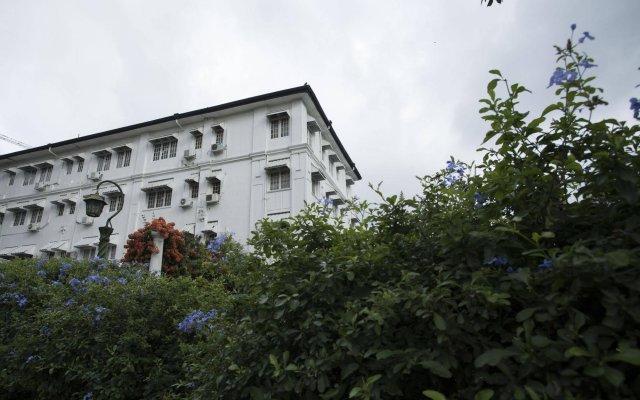 Отель Suisse Канди вид на фасад