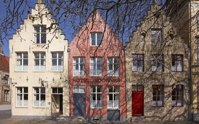 Hotel Adornes вид на фасад