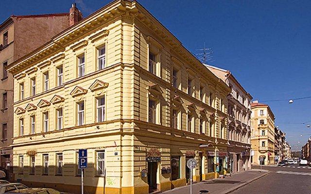 Отель Amandment Чехия, Прага - 1 отзыв об отеле, цены и фото номеров - забронировать отель Amandment онлайн вид на фасад