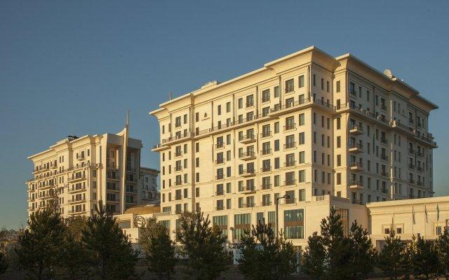Гостиница The St. Regis Astana Казахстан, Нур-Султан - 1 отзыв об отеле, цены и фото номеров - забронировать гостиницу The St. Regis Astana онлайн вид на фасад