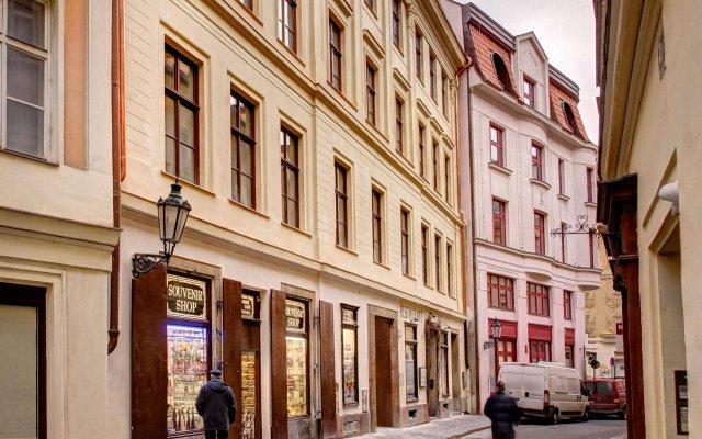 Отель 4 Arts Suites Чехия, Прага - отзывы, цены и фото номеров - забронировать отель 4 Arts Suites онлайн вид на фасад