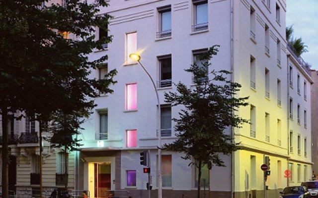 Отель SPITY Ницца вид на фасад