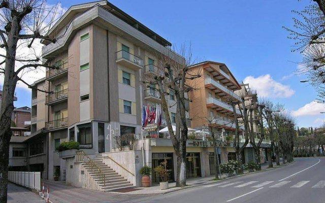 Hotel Miralaghi Кьянчиано Терме вид на фасад