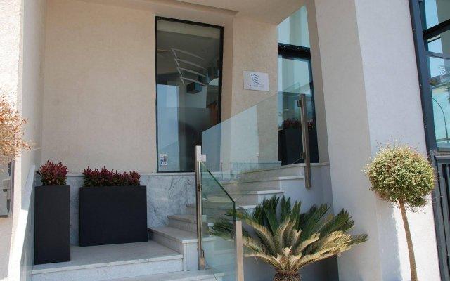 Отель Water's Edge Мальта, Бирзеббуджа - 2 отзыва об отеле, цены и фото номеров - забронировать отель Water's Edge онлайн вид на фасад