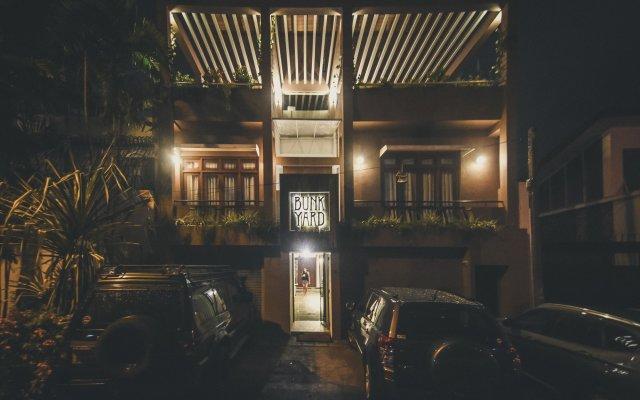 Отель Bunkyard Hostels Шри-Ланка, Коломбо - отзывы, цены и фото номеров - забронировать отель Bunkyard Hostels онлайн вид на фасад