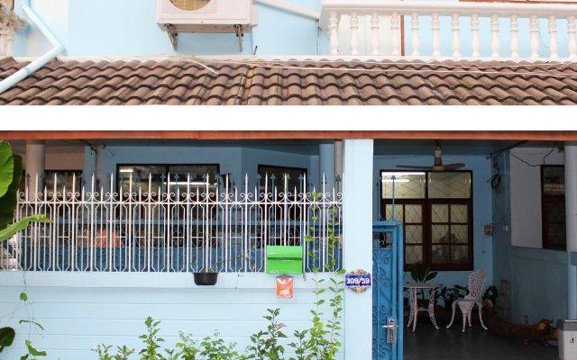 Отель Sira's House Бангкок вид на фасад