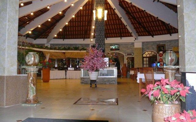Отель Hai Au Mui Ne Beach Resort & Spa Фантхьет вид на фасад