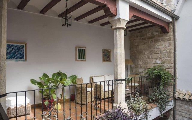 Отель Alvaro De Torres Убеда вид на фасад