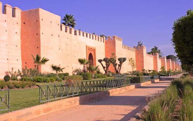 Apartment With 2 Bedrooms in Casablanca, With Wonderful Lake View and Enclosed Garden