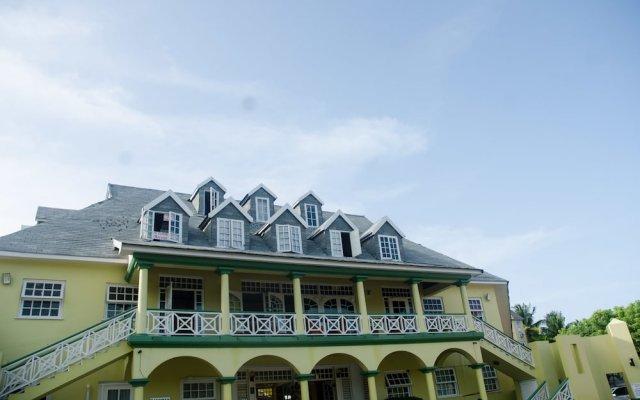 Отель White Sands at Sandcastles вид на фасад