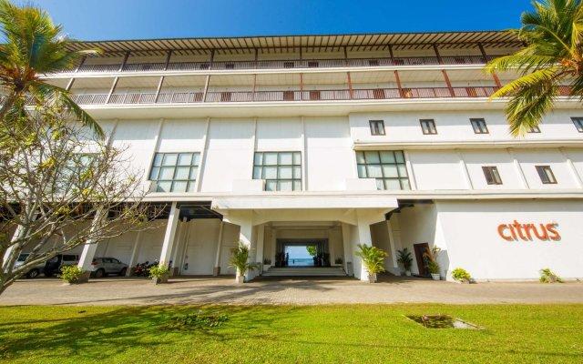 Отель Citrus Hikkaduwa Шри-Ланка, Хиккадува - 1 отзыв об отеле, цены и фото номеров - забронировать отель Citrus Hikkaduwa онлайн вид на фасад