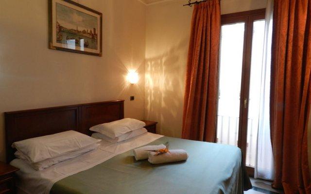 Отель Domus Florentiae Hotel Италия, Флоренция - 1 отзыв об отеле, цены и фото номеров - забронировать отель Domus Florentiae Hotel онлайн вид на фасад