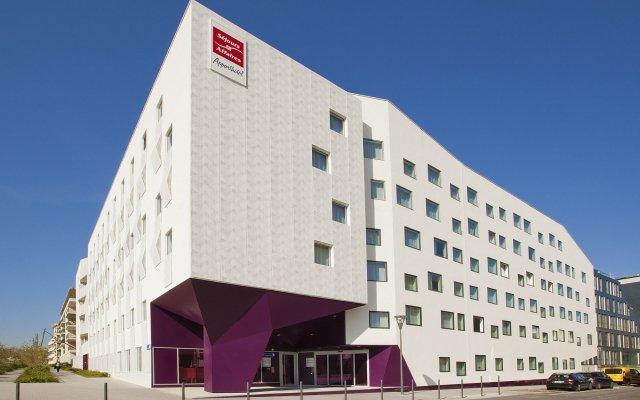 Отель Séjours & Affaires Atlantis - MASSY вид на фасад