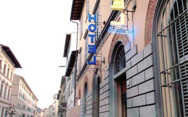 Hotel D'Azeglio вид на фасад