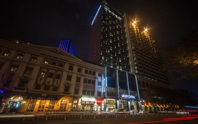 Liberty Central Saigon Riverside Hotel вид на фасад