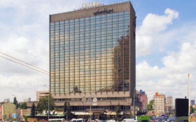 Гостиница Лыбидь Киев вид на фасад