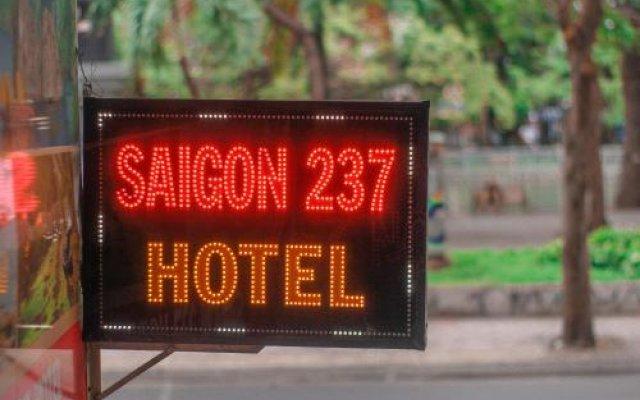 Saigon 237 Hotel вид на фасад