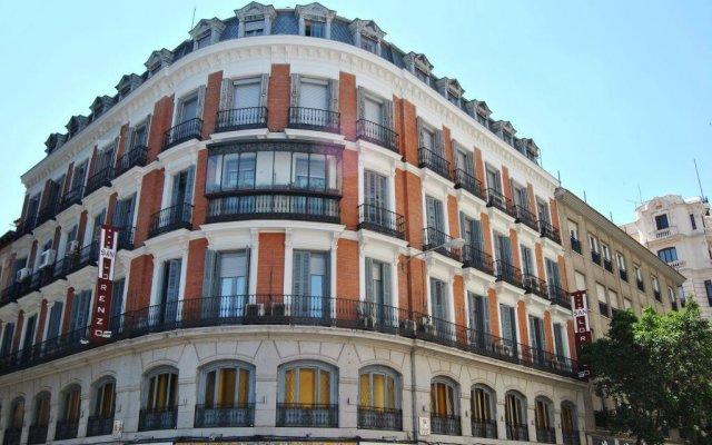 Отель Hostal San Lorenzo Мадрид вид на фасад