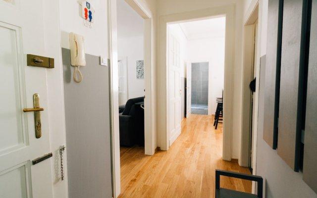 Apartment Mazuranic Square