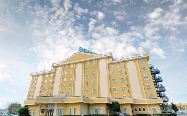Отель Piramidi Hotel Италия, Лимена - отзывы, цены и фото номеров - забронировать отель Piramidi Hotel онлайн вид на фасад
