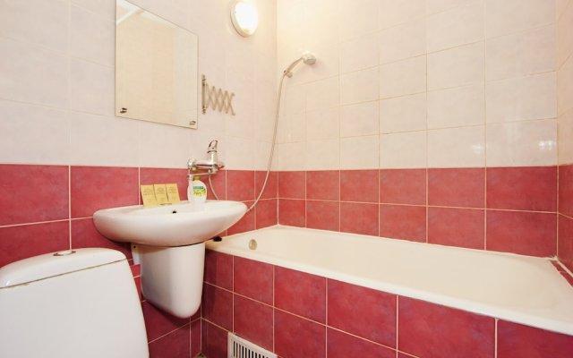 Гостиница LUXKV Apartment on Malaya Filevskaya 4 в Москве отзывы, цены и фото номеров - забронировать гостиницу LUXKV Apartment on Malaya Filevskaya 4 онлайн Москва ванная