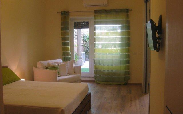 Отель Demis home комната для гостей