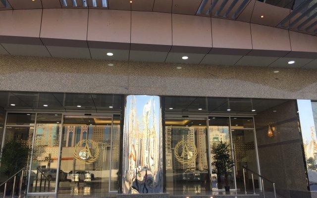 Al Salam Grand Hotel-Sharjah вид на фасад