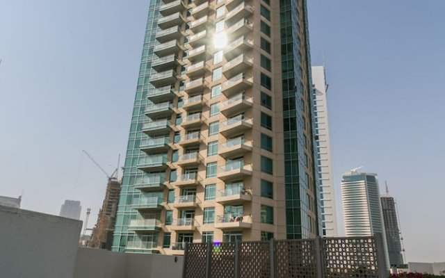 Апартаменты One Perfect Stay - Studio at Burj Views Дубай вид на фасад