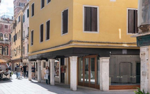 Отель Grifoni Boutique Hotel Италия, Венеция - отзывы, цены и фото номеров - забронировать отель Grifoni Boutique Hotel онлайн вид на фасад