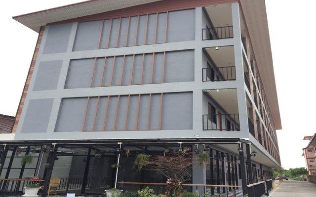 Отель D-Residence вид на фасад