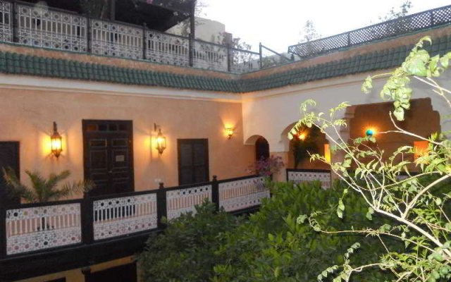 Отель Riad Du Petit Prince вид на фасад