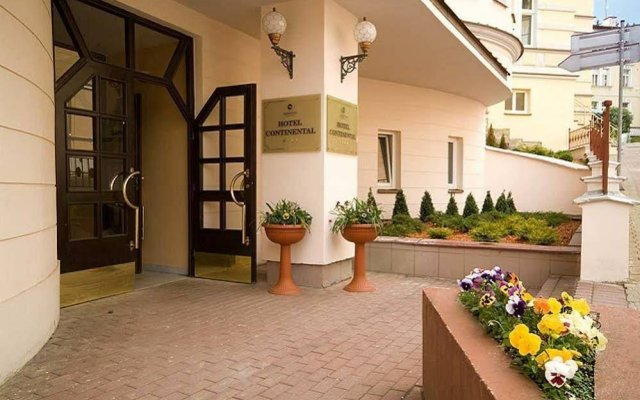 Hotel Continental вид на фасад