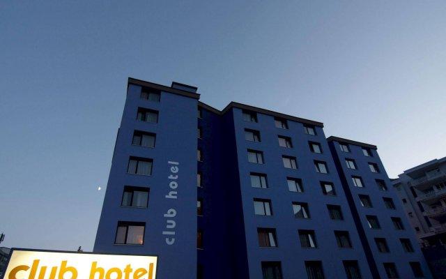 Отель Club Hotel Davos Швейцария, Давос - отзывы, цены и фото номеров - забронировать отель Club Hotel Davos онлайн вид на фасад