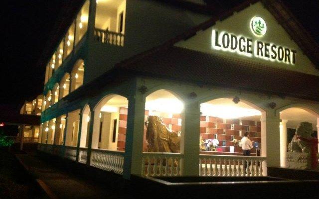 Отель Dak Nong Lodge Resort вид на фасад