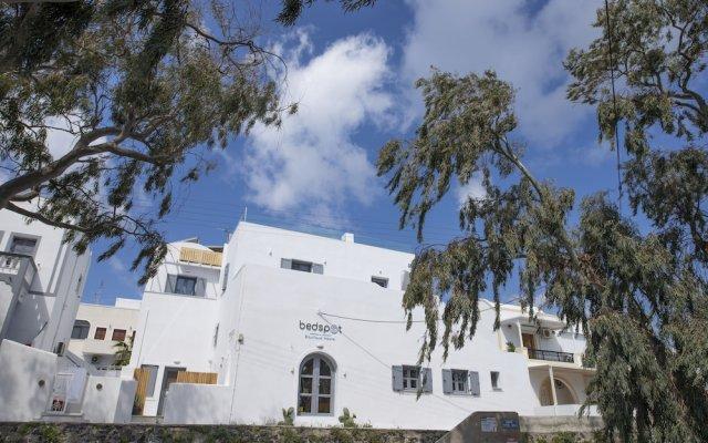Отель Bedspot Hostel Греция, Остров Санторини - отзывы, цены и фото номеров - забронировать отель Bedspot Hostel онлайн вид на фасад