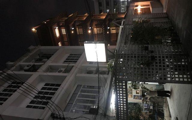 Отель Oriental Smile B&b Бангкок вид на фасад